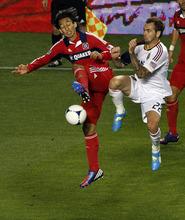 Chicago Fire's Rafael Robayo, left, keeps the ball away from Real Salt Lake's Jonny Steele during the second half of an MLS soccer game on Wednesday, May 9, 2012, at Toyota Park in Bridgeview, Ill. The game ended in a 0-0 tie. (AP Photo/John Smierciak)