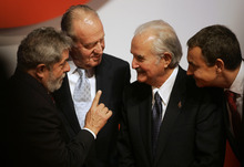 FILE - In this Oct. 13, 2008 file photo, Brazil's President Luiz Inacio Lula da Silva, left, speaks to Mexican writer Carlos Fuentes, second right, as Spain's King Juan Carlos, second left, and Spanish Prime Minister Jose Luis Rodriguez Zapatero, right, look on, after the Don Quijote de la Mancha international prize ceremony in Toledo, Spain. Fuentes, Mexico's most celebrated novelist and among Latin America's most prominent authors, died on May 15, 2012. (AP Photo/Victor R. Caivano, File)