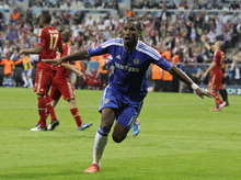 Chelsea's Didier Drogba celebrates after scoring during the Champions League final soccer match between Bayern Munich and Chelsea in Munich, Germany Saturday May 19, 2012. (AP Photo/Frank Augstein)
