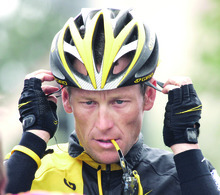** FILE ** This is a Feb. 22, 2009 file photo showing Lance Armstrong preparing  for the final stage of the Tour of California cycling race in Rancho Bernardo, Calif. Seven-time Tour de France champion Lance Armstrong submitted a hair sample Tuesday March 17, 2009, for a surprise doping test in France. (AP Photo/Marcio Jose Sanchez, File)