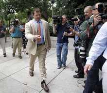 Former Major League Baseball pitcher Roger Clemens arrives at federal court Monday, June 18, 2012, in Washington for the verdict in his trial on charges of lying to Congress in 2008 when he denied ever using performance-enhancing drugs. (AP Photo/Pablo Martinez Monsivais)