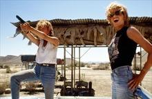 Susan Sarandon (left) and Geena Davis in