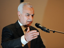Iraqi Vice President Tariq al-Hashemi speaks in May during a news conference in Istanbul, Turkey. An Iraqi appeals court has rejected a request to have President Jalal Talabani testify in the terror trial against the nation's Sunni vice president. (AP Photo, File)