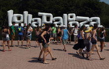 Music fans enter the Lollapalooza music festival in Chicago's Grant Park on Friday, Aug. 3, 2012. (Photo by Steve Mitchell/Invision/AP)