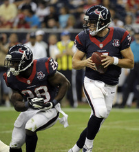 Houston Texans quarterback Case Keenum (7) rolls past running back Justin Forsett for a pass against the Minnesota Vikings during the second half of an NFL preseason football game, Thursday, Aug. 30, 2012, in Houston. (AP Photo/Pat Sullivan)