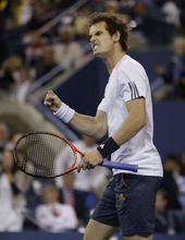 Britain's Andy Murray reacts while playing Serbia's Novak Djokovic during the championship match at the 2012 US Open tennis tournament,  Monday, Sept. 10, 2012, in New York. (AP Photo/Mike Groll)
