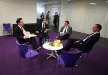 Simon Dawson/Bloomberg News No matter the setting, when there is change in the workplace, communication is the key.