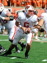 Wisconsin quarterback Danny O'Brien (6) plays against Oregon State during the first half of their NCAA college football game in Corvallis, Ore., Saturday, Sept. 8, 2012. (AP Photo/Greg Wahl-Stephens)