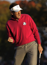 Europe's Ian Poulter reacts after making a birdie putt to with the first hole during a foursomes match at the Ryder Cup PGA golf tournament Saturday, Sept. 29, 2012, at the Medinah Country Club in Medinah, Ill. (AP Photo/David J. Phillip)