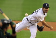 Detroit Tigers starting pitcher Justin Verlander throws during the first inning of Game 1 of the American League division baseball series against the Oakland Athletics, Saturday, Oct. 6, 2012, in Detroit. (AP Photo/Carlos Osorio)