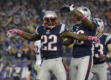 New England Patriots running back Stevan Ridley (22) celebrates his touchdown with tight end Daniel Fells (86) and New wide receiver Wes Welker (83) in the third quarter of an NFL football game against the Denver Broncos Sunday, Oct. 7, 2012 in Foxborough, Mass. (AP Photo/Elise Amendola)